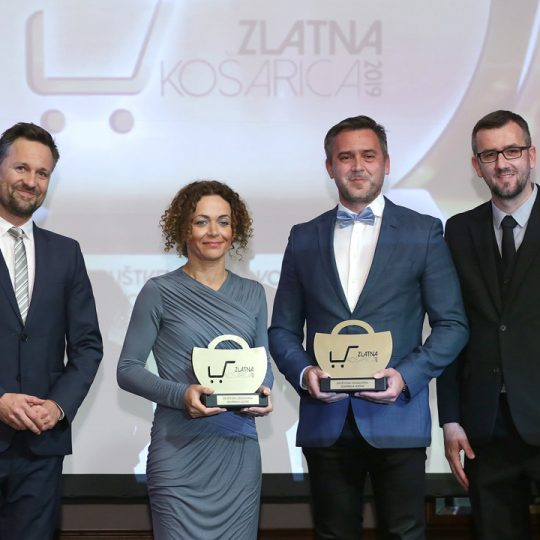 http://zlatnakosarica.com.hr/wp-content/uploads/2019/06/Dukat-i-Žito-grupa-540x540.jpg